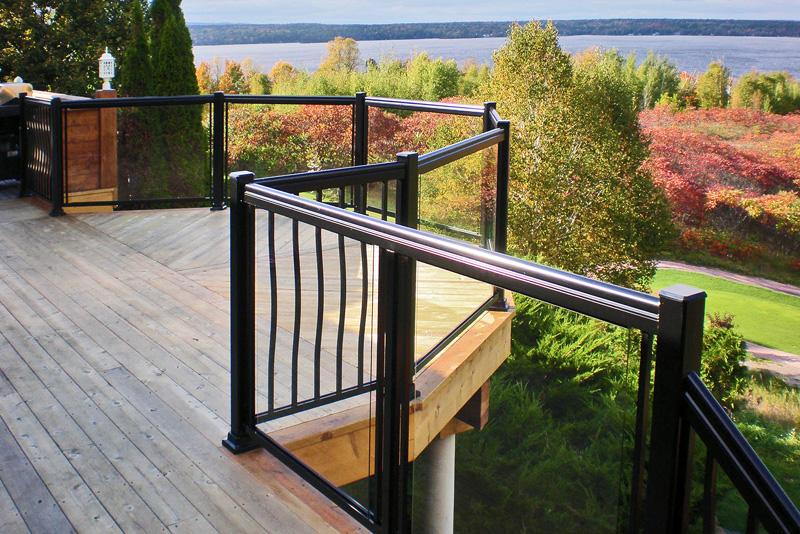 Decks Amp Railings Distinctive Sunrooms Amp Patio Enclosures